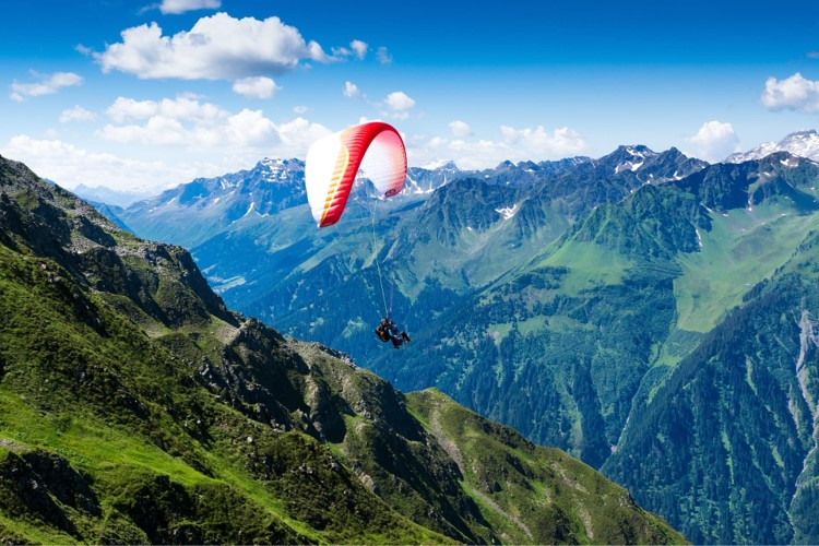 Paragliding in Manali with Moustache Escapes